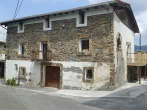 Casa en venta en Zalla