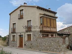Casa en venta en calle Turegano