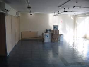 Oficina en alquiler en calle Carreño Miranda, Avilés por 1.200 € /mes