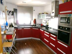 Casa adosada en venta en Carbajal Centro