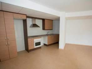 Piso en venta en calle Priorat,  22-24, L' Hospitalet de L'infant (Vandellòs i l'Hospitalet de l'Infant) por 66.000 €