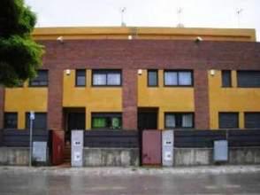 Casa adosada en venta en Avenida Miquel Marti I Pol,  43, El Palau D'anglesola por 110.000 €