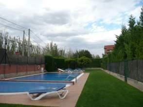 Chalet en calle Avda de La Rioja