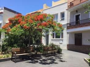 Dúplex en calle Punta Brava