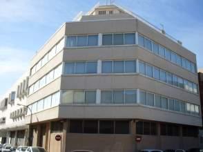 Edificio en calle Enric Granados, nº 18