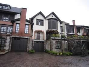 Casa en calle Isasti Etxadia