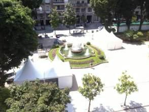 Piso en calle Plaza Compostela