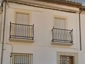 Chalet adosado en calle Palomos