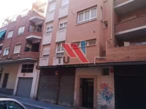 Piso en calle del Barrio San Juan, 3