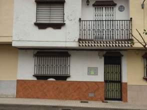 Casa pareada en calle Mina del Mimbre