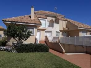 Casa pareada en calle Loma Farías, nº 30