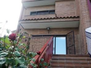 Casa adosada en calle Pastrana, nº 14