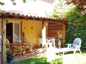 Casa pareada en calle Don Vitorio