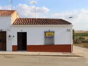 Casa pareada en calle Ejido, nº 31