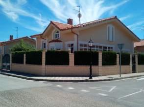 Casa en calle Las Merindades