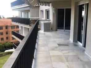 Apartment in calle de Ramos Carrión