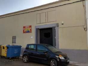 Casa pareada en Avenida Extremadura, nº 35