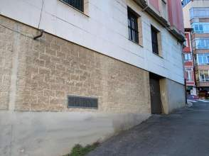 Local comercial en calle La Vega, nº 7