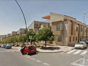 Casa adosada en calle Albacete