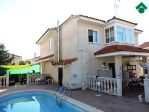 Casa unifamiliar en calle de La Rosa