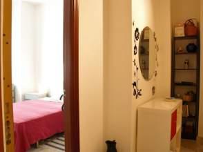 Apartamento en calle Montesinos