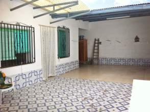 Casa en Por del Centro / Por calle San Luis