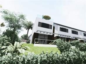Casa unifamiliar en calle Clara Campoamor, nº 12