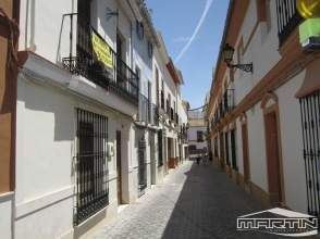 Casa adosada en calle Angelita Martín Flores, nº 25