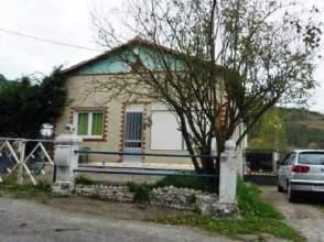 Casa pareada en calle San Vicente de Toranzo, nº 225