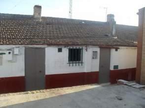 Casa adosada en calle Alicante, nº 22
