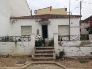 Casa adosada en calle Catalunya, nº 71