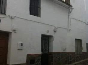 Casa adosada en calle Necia, nº 16