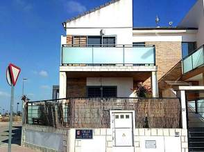 Casa pareada en Roldan