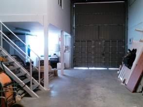 Nave industrial en El Portal
