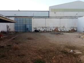 Nave industrial en calle Campo