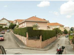 Casa adosada en calle Parroco Jose Fernandez Teral