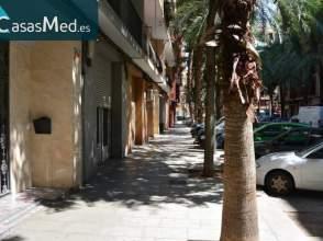 Local comercial en calle Ministro Luis Mayans