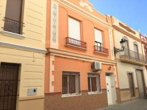 Casa adosada en calle Jaume I, nº 6