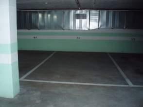 Garage in Esteiro