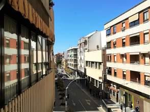 Piso en calle Seis de Junio