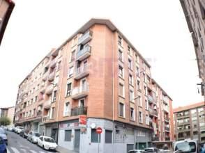 Piso en calle Pardo Bazán, nº 15