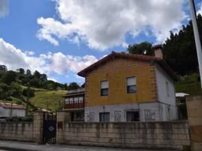 Casa en calle Barrio Marrón, nº 60