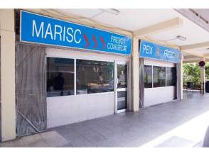 Local comercial en Montbau