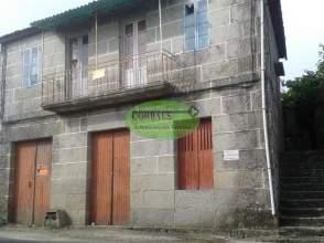 Casa en Leiro