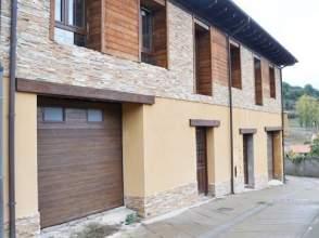 Chalet en calle Travesia Barzanillas - Orzanaga