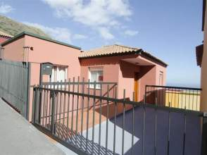 Casa adosada en Santa Cruz de La Palma