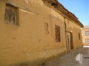 Casa adosada en calle Progreso, nº 2