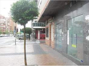 Local comercial en Campo de La Juventud-Santiago