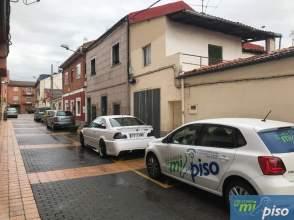 Casa adosada en calle Esperanza