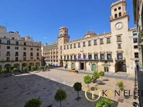 Piso en Plaza del Ayuntamiento, nº 2